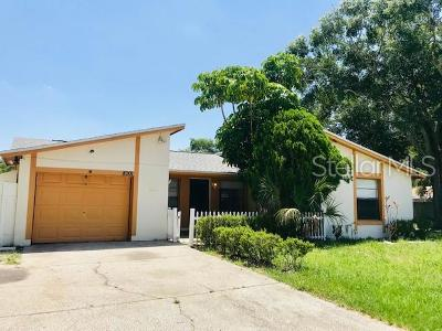 Hillsborough County Single Family Home For Sale: 8001 Hearthstone Court