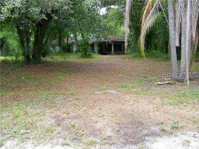 Single Family Home For Sale: 305 W Country Club Drive