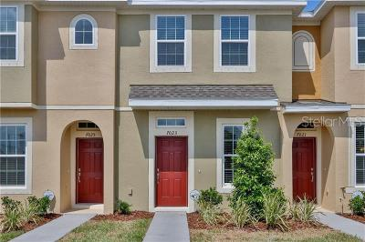 Apollo Beach, Brandon, Citrus Park, Dover, Gibsonton, Lithia, Lutz, Lutz (tampa Area), Odessa, Plant City, Riverview, Ruskin, Seffner, Sun City Center, Tamp, Tampa, Temple Terrace, Thonotosassa, Unincorporated, Valrico, Wimauma, Zephyrhills Rental For Rent: 8829 Walnut Gable Court