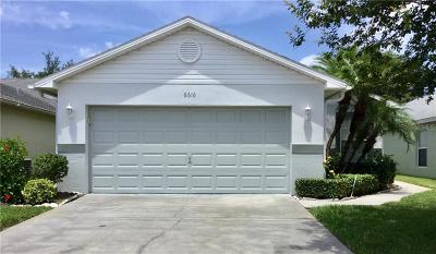 Wesley Chapel Single Family Home For Sale: 6616 Gentle Ben Circle