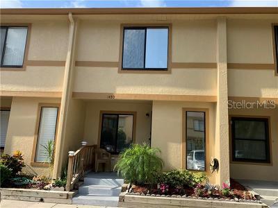 Brandon FL Townhouse For Sale: $135,000