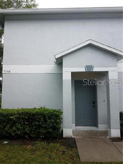 Tampa Townhouse For Sale: 7358 E Bank #7358