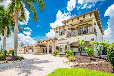 Cape Coral Single Family Home For Sale: 842 Miramar Court