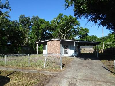 Tampa Single Family Home For Sale: 3526 Libby Loop