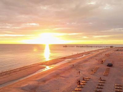 North Redington Beach Condo For Sale: 17100 Gulf Boulevard #122