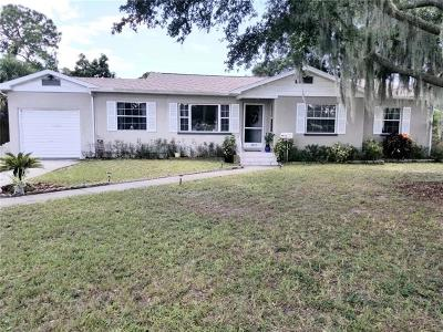 St Petersburg Single Family Home For Sale: 2310 Catalonia Way S