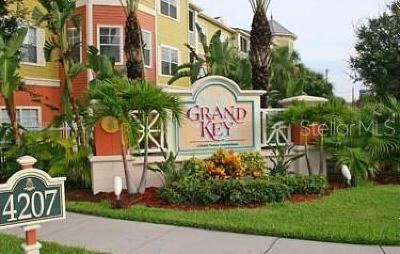 Condo For Sale: 4207 S Dale Mabry Highway #7110