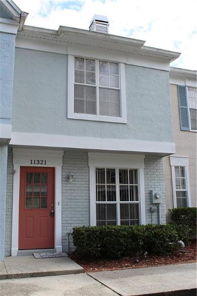 Temple Terrace Townhouse For Sale: 11321 Grandville Drive