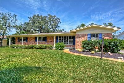 Tampa Single Family Home For Sale: 3305 Nakora Drive