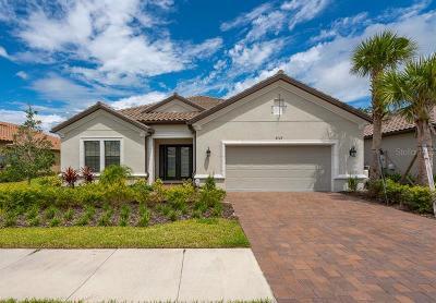 Tampa Single Family Home For Sale: 8728 Sorano Villa Drive