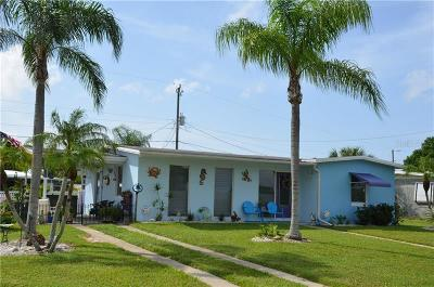 Port Charlotte Single Family Home For Sale: 21591 Augusta Avenue