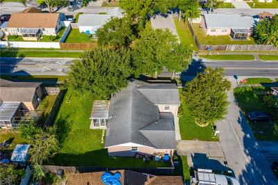 Tampa Single Family Home For Sale: 10110 Moores Mill Court