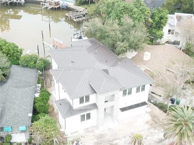 Tampa Single Family Home For Sale: 2 Bahama Circle