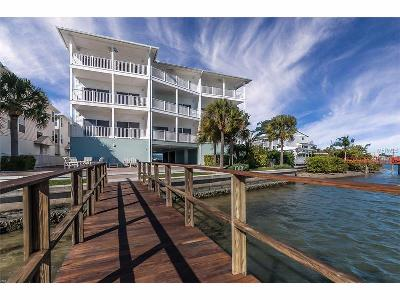 Indian Shores Condo For Sale: 19817 Gulf Boulevard #606
