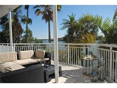 Clearwater, Clearwater Beach, Clearwater` Single Family Home For Sale: 821 Bay Esplanade
