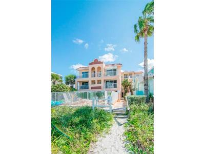 Indian Rocks Beach Townhouse For Sale: 78 Gulf Boulevard #11