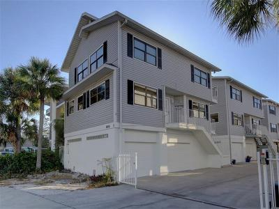 Indian Shores Townhouse For Sale: 19916 Gulf Boulevard