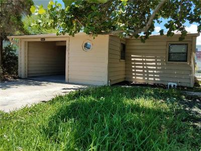 Madeira Beach, Madiera Beach Single Family Home For Sale: 324 137th Avenue Circle