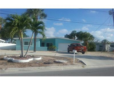 St Pete Beach Single Family Home For Sale: 352 Belle Point Drive