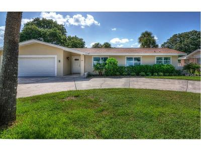 Belleair Single Family Home For Sale: 1627 Golf View Drive