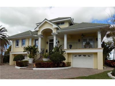 Largo Single Family Home For Sale: 908 Oakwood Dr