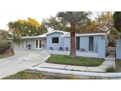 Dunedin Single Family Home For Sale: 935 Cedarwood Avenue