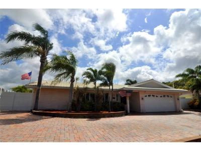 Dunedin Single Family Home For Sale: 2265 Lagoon Drive