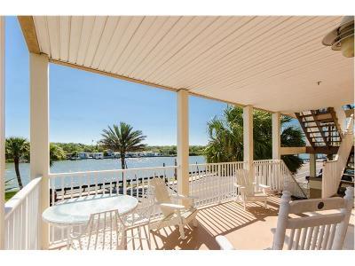 Indian Rocks Beach Condo For Sale: 44 Gulf Boulevard #3