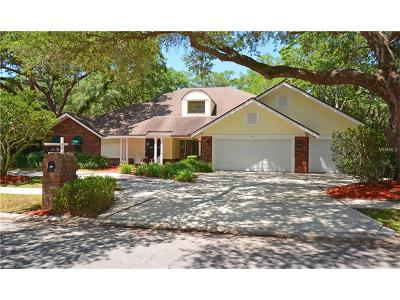 Palm Harbor Single Family Home For Sale: 165 Sheffield Circle W