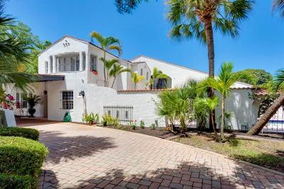 St Petersburg Single Family Home For Sale: 285 Park Street S
