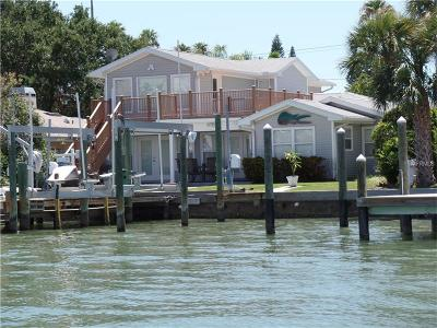 Clearwater Single Family Home For Sale: 717 Bay Esplanade