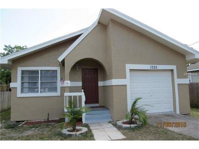 Hillsborough County, Pasco County, Pinellas County Single Family Home For Sale: 1225 Sunset Point Road