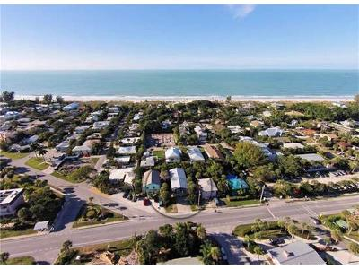 Holmes Beach Single Family Home For Sale: 8106 Gulf Drive #A