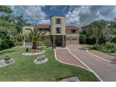 Crystal Beach Single Family Home For Sale: 885 Point Seaside Drive