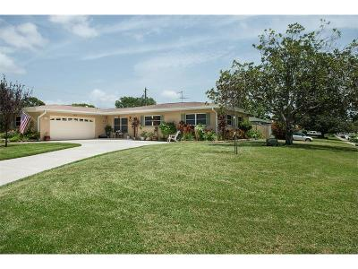 Belleair Bluffs Single Family Home For Sale: 195 Overbrook Street W