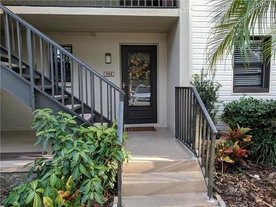 Palm Harbor Condo For Sale: 1000 Tarpon Woods Boulevard #102