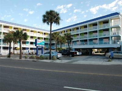 Clearwater Beach Condo For Sale: 445 S Gulfview Boulevard #124