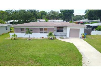 St Petersburg FL Single Family Home For Sale: $229,900