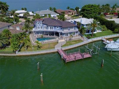 Clearwater Beach Single Family Home For Sale: 886 Harbor Island