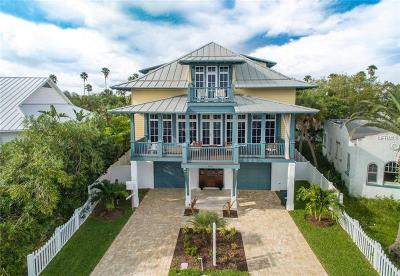 Indian Rocks Beach, Indian Shores, Largo, Madeira Beach, N. Redington, North Redington Beach, Redington Beach, Redington Shores, Saint Pete Beach, Seminole, St Pete Beach, St. Pete Beach, Treasure Island Single Family Home For Sale: 3333 W Maritana Drive