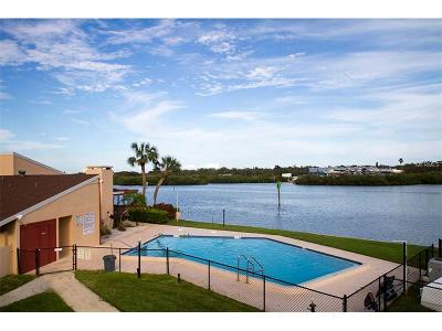 Indian Rocks Beach Condo For Sale: 1 Windrush Boulevard #6