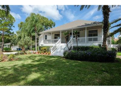 Palm Harbor Single Family Home For Sale: 318 Lagoon Drive