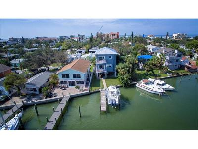Madeira Beach Single Family Home For Sale: 13211 Boca Ciega Avenue