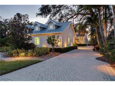Belleair Bluffs Single Family Home For Sale: 124 Harbor View Lane