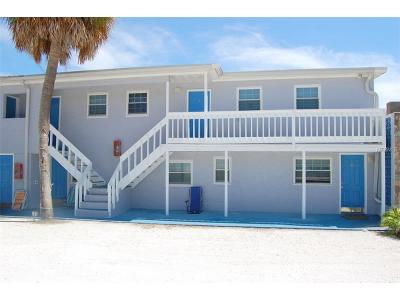 Madeira Beach Condo For Sale: 14715 Gulf Boulevard #2