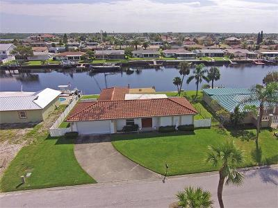 New Port Richey Single Family Home For Sale: 5516 Pilots Place