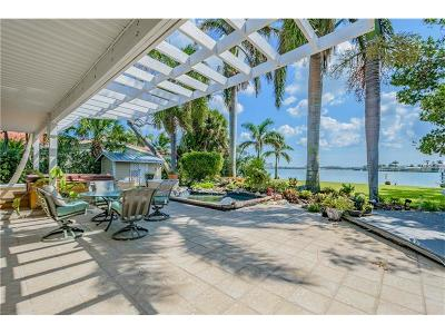 Redington Beach Single Family Home For Sale: 15515 Redington Drive