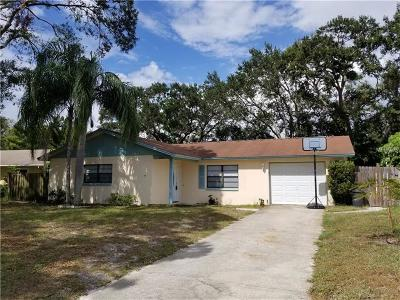 Tarpon Springs Single Family Home For Sale: 609 Fair Oaks Drive