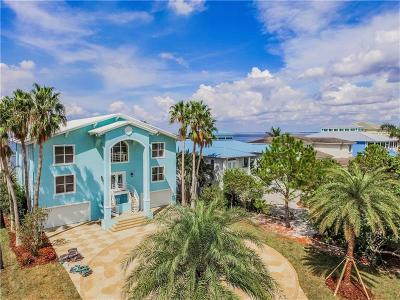 Apollo Beach Single Family Home For Sale: 6706 Surfside Boulevard