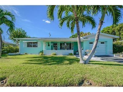 St Pete Beach Single Family Home For Sale: 423 89th Avenue